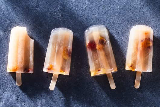 Zippy Grapefruit Pops You (and Your Kids!) Will Love