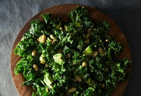 Bca28a5c c347 4d86 81e1 d5beb7a86f8b  2013 1216 not recipes kale salad 015