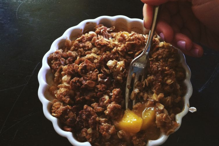 Vegan Peach Almond Crisp