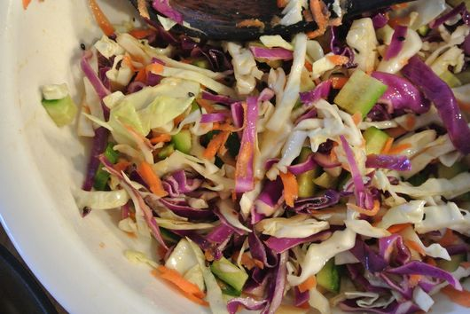 asian ginger & soy coleslaw salad