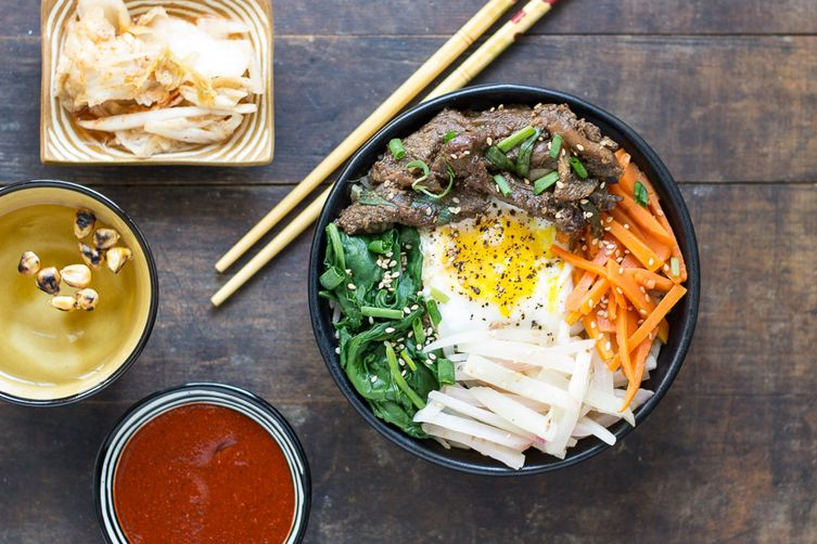 Beef bibimbap with brown rice