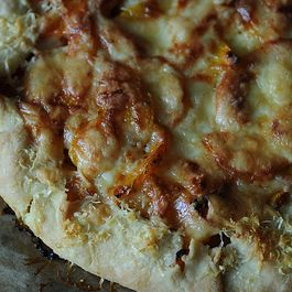 Pain/Dough/Pizza by Julie Vachon