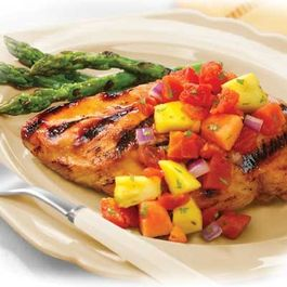 B55b09d5-45b4-4817-9c0c-0e3acb34e569.grilled_marinated_chicken_with_tomato-fruit_salsa