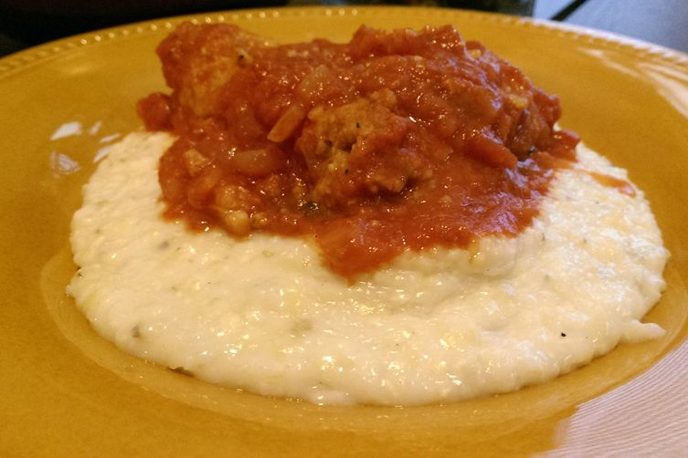 Turkey Meatballs with Creamy Grits and Sauce