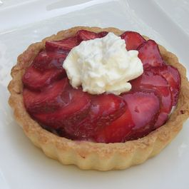 Strawberry Tarts with Lemony Mascarpone Filling