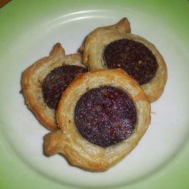 Ogulinski bećari (Black pudding in puff pastry)