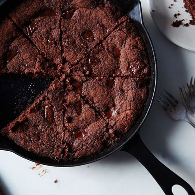 Brown Butter Ginger Chocolate Chip Skillet Cookie