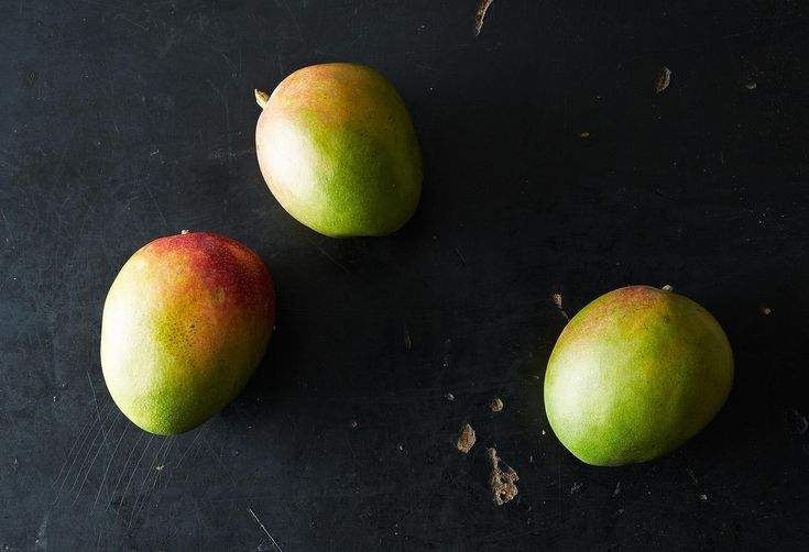 A Brilliant Hack for Peeling Mango