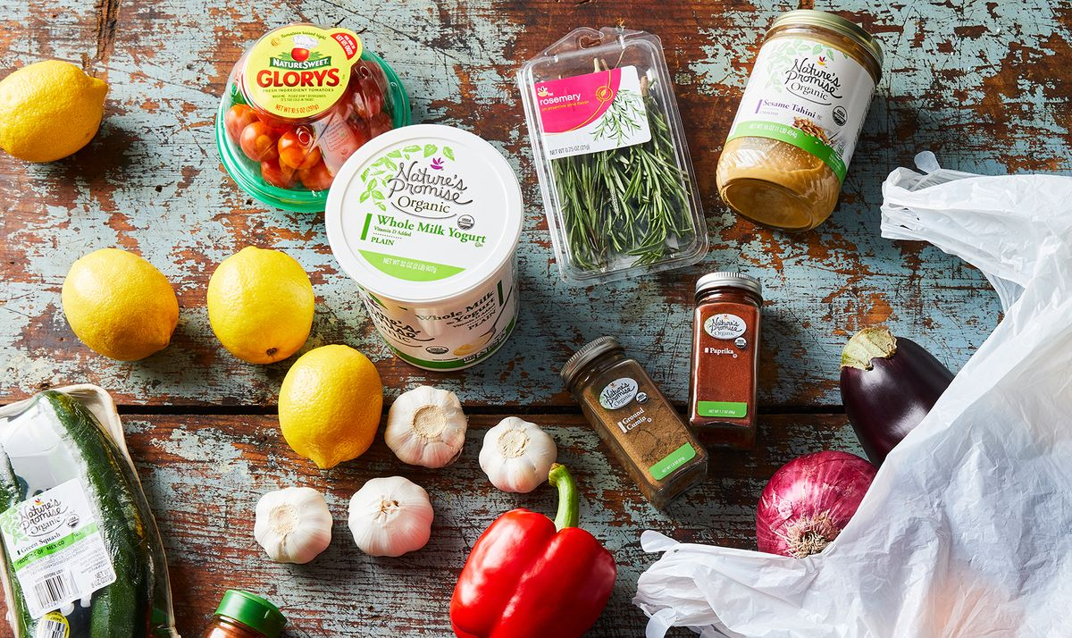 Ideas de almacenamiento de bolsas de plástico: cómo organizar bolsas reutilizables 18