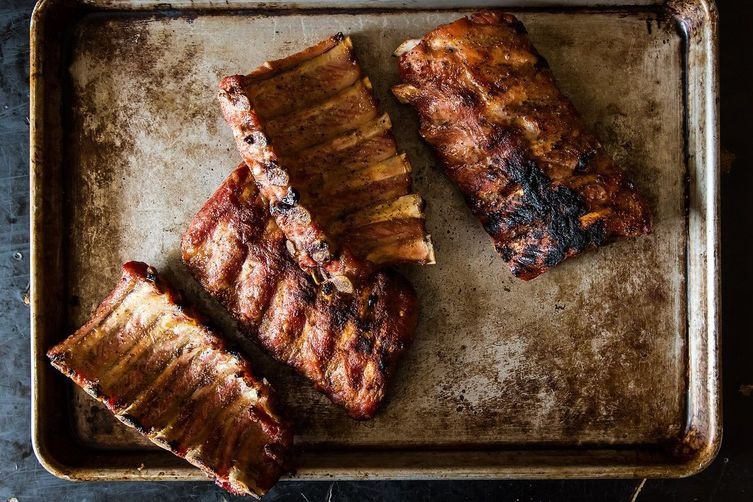 How do you make salt and pepper spare ribs?
