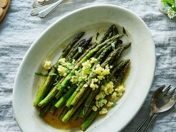 12 Recipes for the Asparagus Lover in All of Us