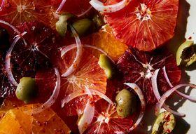 Ec12ae61 5c03 4be8 a0e5 b4a6c458f80e  2017 0210 blood orange salad with olives mark weinberg 139