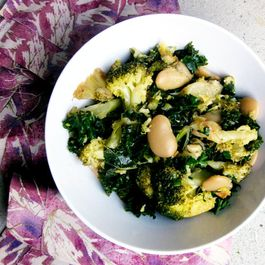 Detox Broccoli Bean Salad