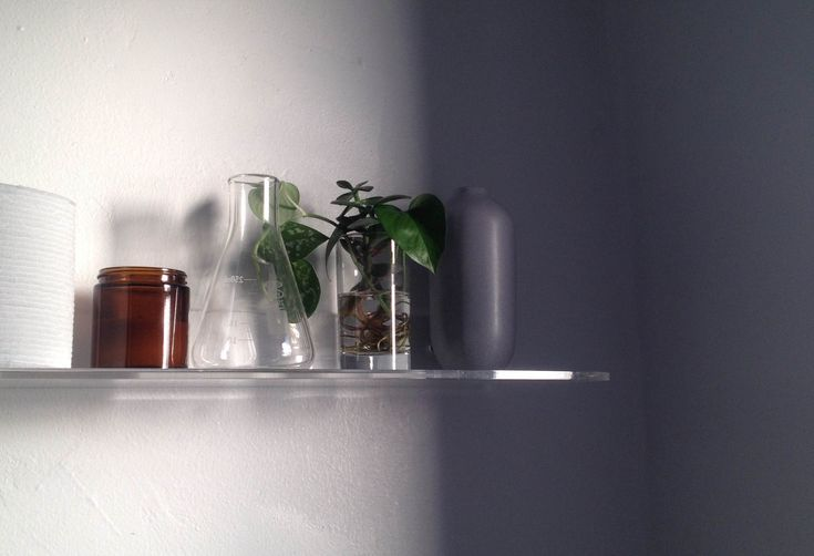Real Solutions: the Perfect Bathroom Shelf