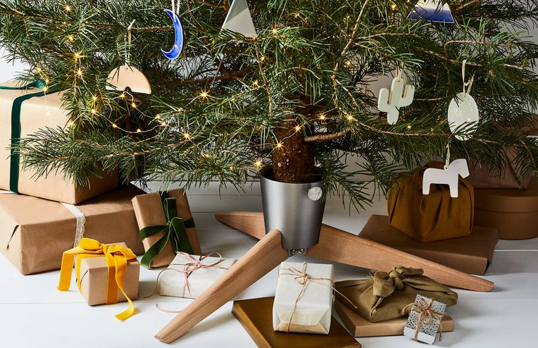15 DIY Ornaments for the Least Boring Tree Ever