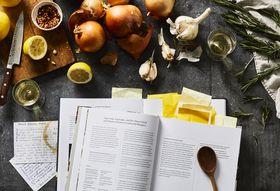 C5a881f1 b2a8 4e7b a204 ca92c590364c  2018 0223 change the way you cook newsletter 7 3x2 shop rocky luten 061