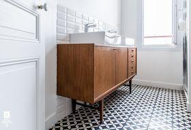 C10bb421 2e77 4dd6 87c8 b93921156543  royal roulotte levallois renovation decoration salle de bain carreaux ciment 03