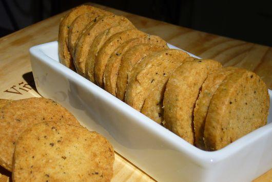 Lemon Pepper Shortbread Crackers
