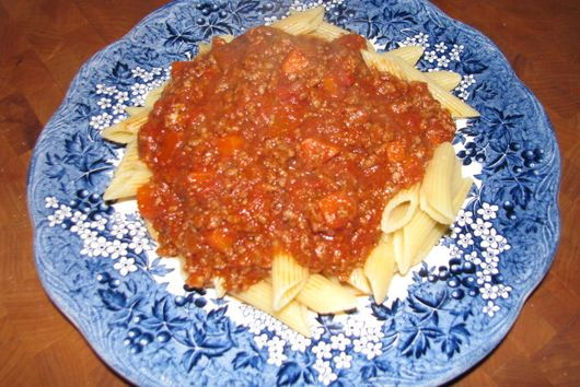 Hearty-Homey Tomato Meat Sauce