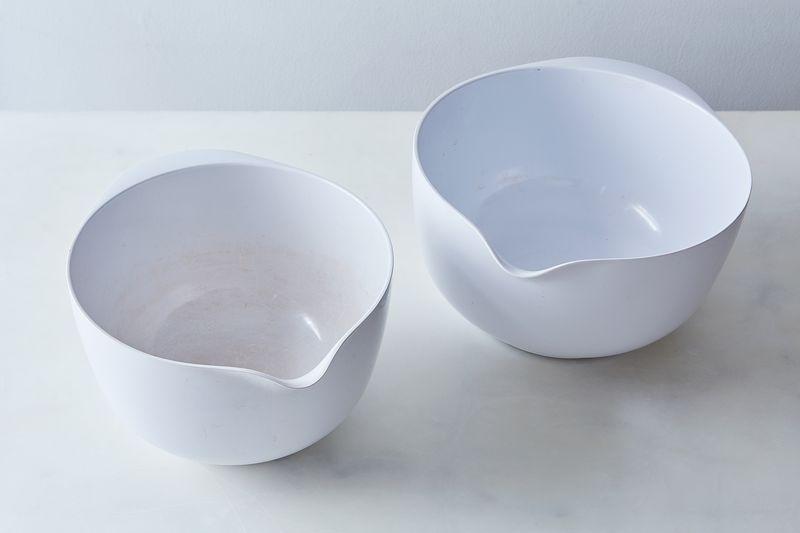 30-year-old Rosti Margrethe bowls—pretty stinkin' impressive, no?