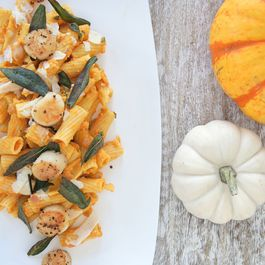 Healthy Creamy Pumpkin Sage Pasta with Seared Scallops