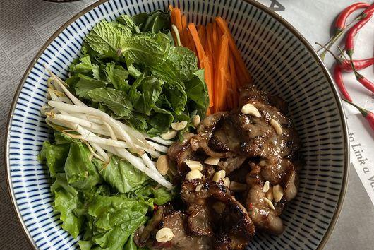Bun Thit Nuong  (Noodle Salad)