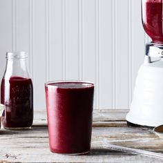 Beet, Berry, Tahini Smoothie