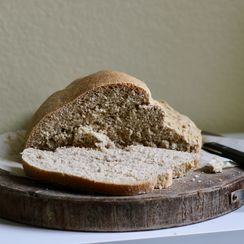 Applesauce Yeast Bread (vegan)