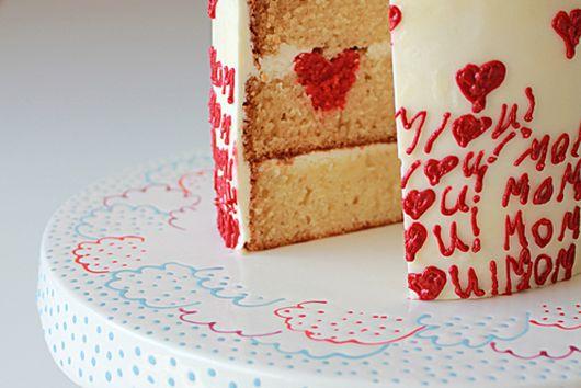 MOM I HEART YOU! Surprise-Inside Cake