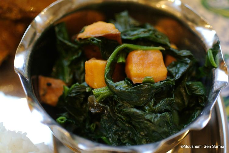 Fresh Spinach with Vegetables - Eat your greens and love them too!