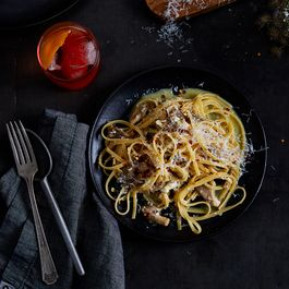 93bd4997 05c9 4210 8cc5 2267b0755aa2  2017 0919 smoky vegetarian spaghetti with mushrooms bobbi lin 3182