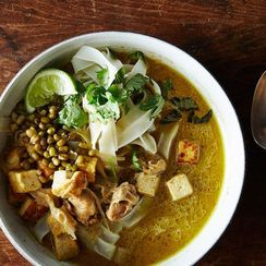8 Recipes That Bring Out Tofu's Beautiful Side