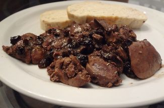 6a90003e-1c80-4864-9d3a-2bf7f4aea108--chicken_livers_with_maple_raisin_butter_sauce