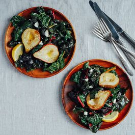 48300d94-4bfa-490f-b108-e59ad6cc3609.roasted_pear_and_chard_salad6
