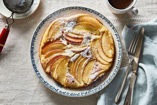 Oma's Apfelpfannkuchen (Apple Pancakes)