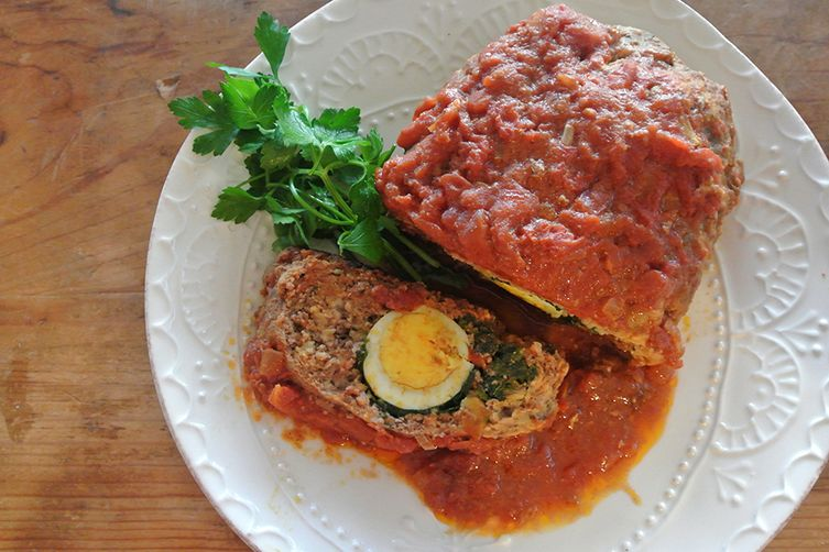 stuffed meatloaf with tomato & onion ragu (polpettone ripiene)