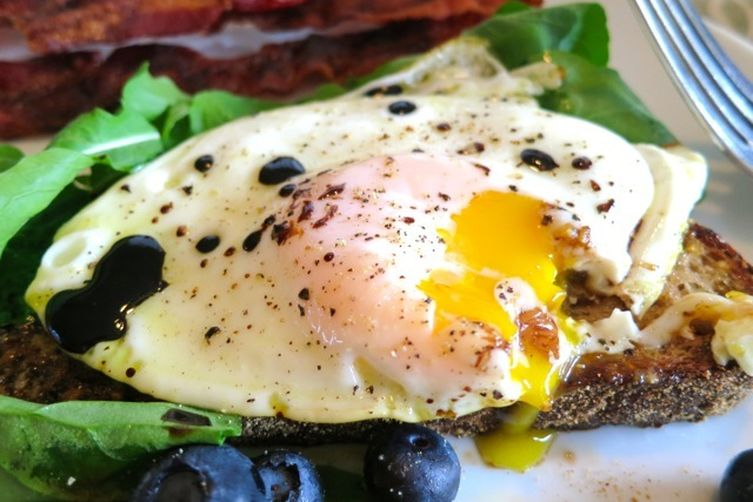 Balsamic Fried Eggs