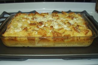 22517685 dfc4 4b16 9f87 e85296c56c7f  white chocolate bread pudding