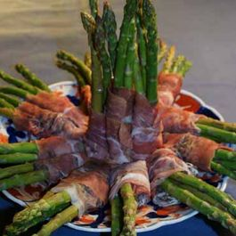 Steamed Asparagus Rolled in Prosciutto