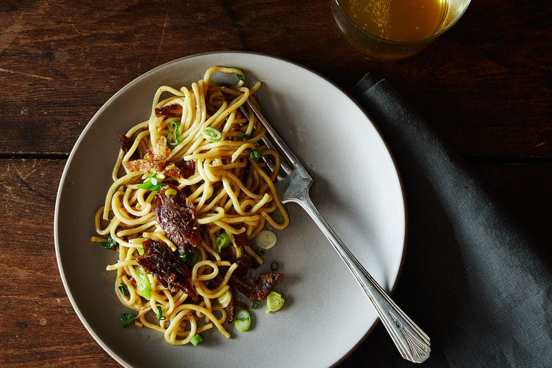 Smoked Tea Duck Noodles