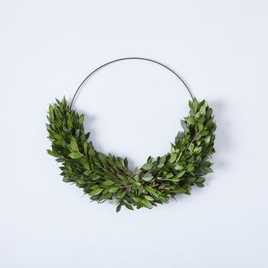 Boxwood & Myrtle Half Wreath