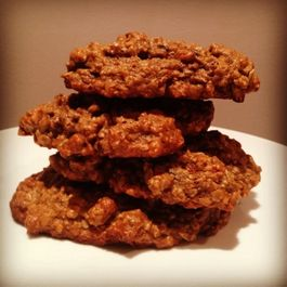 067dd960-bf9d-4ce7-9197-83f45148e058--vegan_dark_chocolate_goji_cookies_