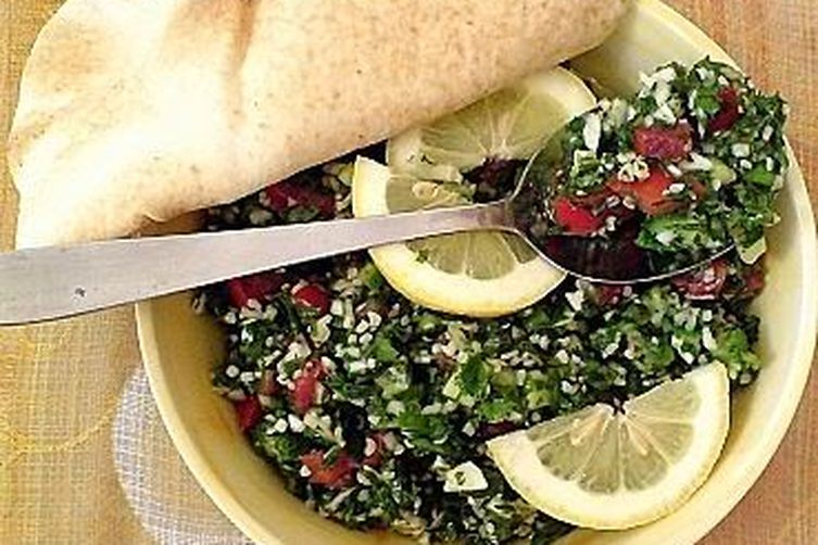 Tabouli.. Healthy, Simple and Delicious!