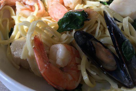 Chef Larry's Seafood Pasta