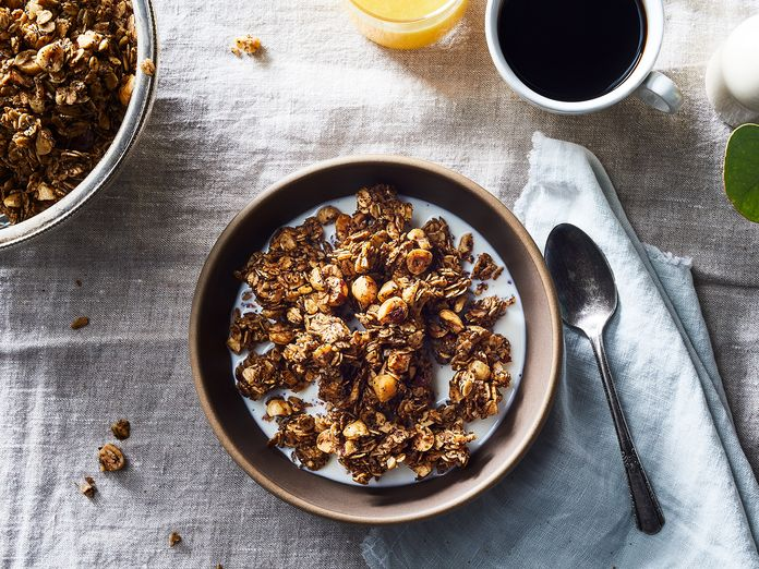 Add Coffee Grounds to Granola, Feel Like a Morning Person