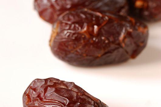 Tasty Bites - Dates, Almonds & Manchego