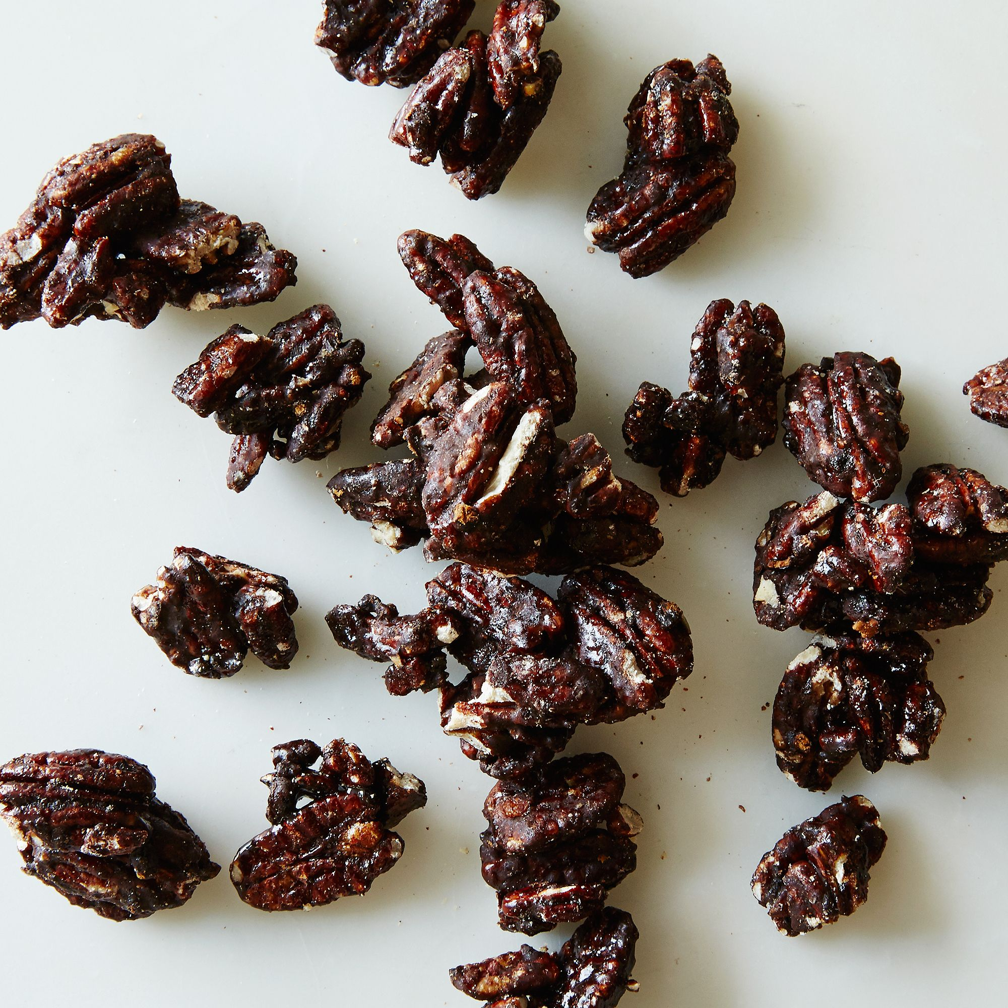 F2438376 a0f7 11e5 a190 0ef7535729df  2015 0313 sugar plum chocolates sweet and savory exotic nuts spiced cocoa pecans detail 002