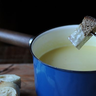 Traditional Fondue Fribourgeois - Legendary and Original