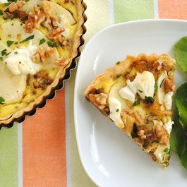Caramelized Fennel & Apple Tart