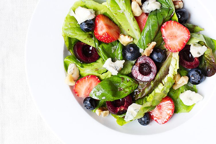 Triple Berry, Walnut & Gorgonzola Salad